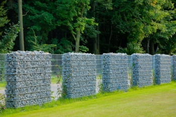 Akmeninės tvoros-gabionas